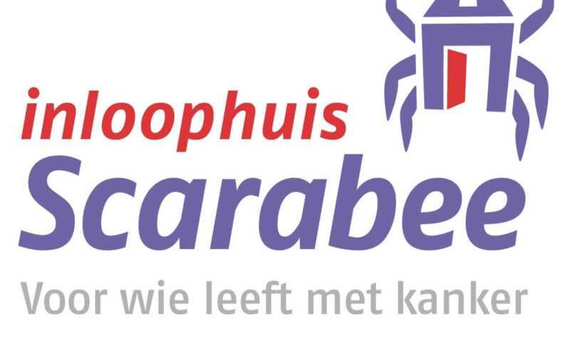 Logo inloophuis Scarabee met daarin de zin; Voor wie leeft met kanker